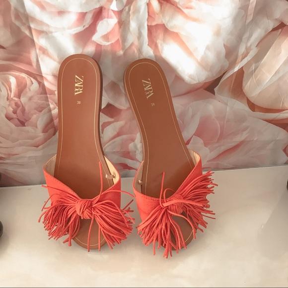 •Zara• Flats Sandals with Fringe